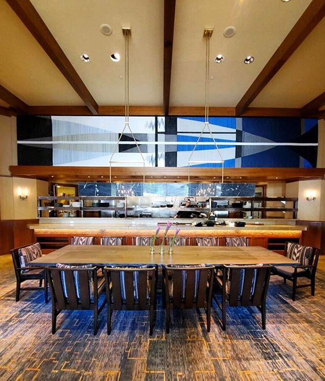 It's always so cool to see art you created out in the world! Here's our 30 ft long piece, Horizons Alive, installed front and center at the Westbank Grill @fsjacksonhole! 💙. . . .  #horizonsalive #contemporayart #travelinspired #fourseasonshotel #jacksonhole #experiencecollective