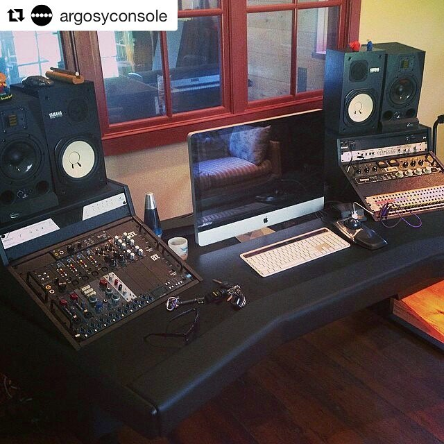 Thanks for the shoutout, @argosyconsole ! Adding this desk was a gamechanger to the workflow #thefarmstudio