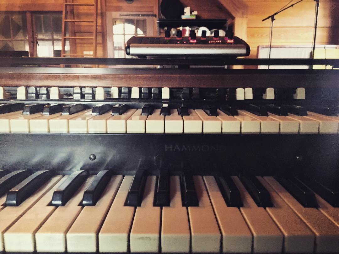 @richbozek broke the kick drum head so I got to track organ today :) #thefarmstudio