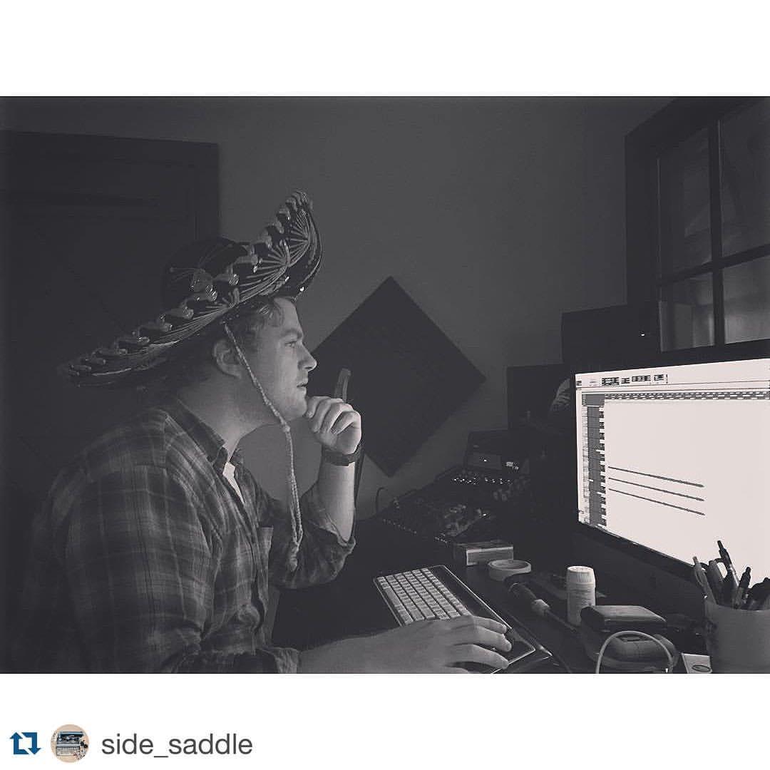 #Repost @side_saddle with @repostapp.  ・・・  We be demoing. #thefarmstudio #sidesaddlemusic