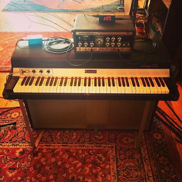 Decent sounding combination  #Rhodes #SpaceEcho #Radial  #thefarmstudio