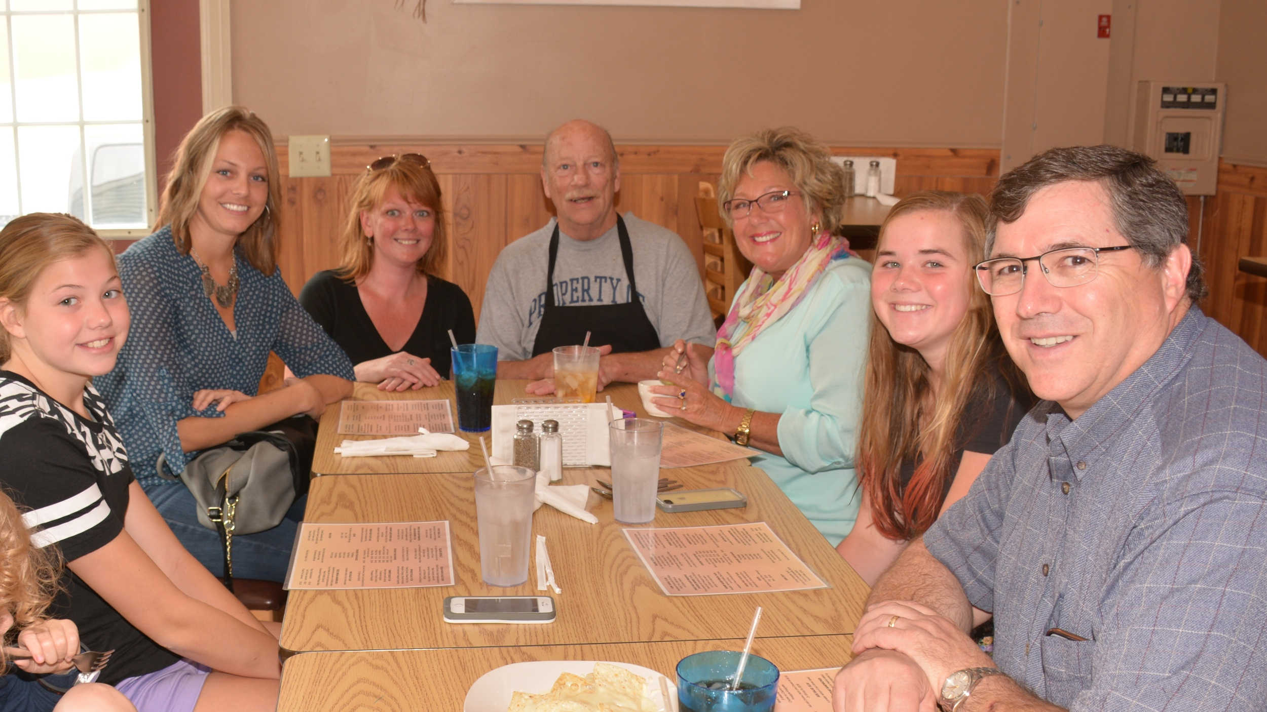 Enjoyed a great meal and a fun, friendly crew at Grand Haven Island.