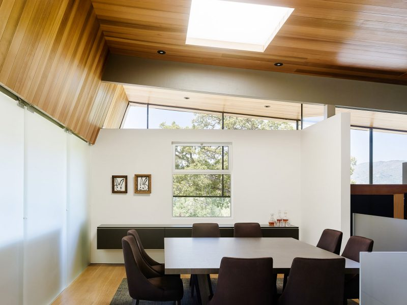 Los Gatos - Illuminated Interior Glass 2.jpg