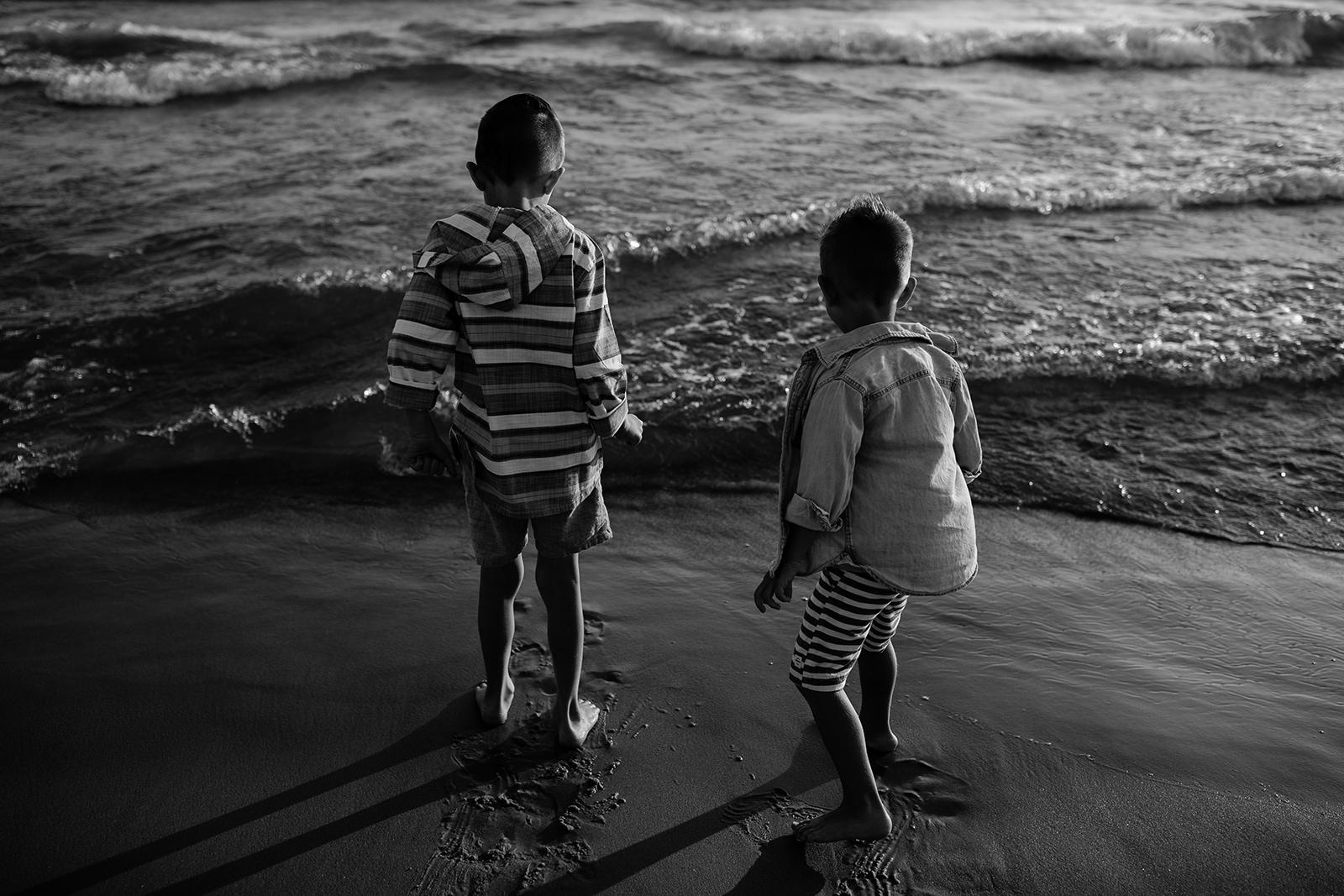 michigan-storytelling-photographer-ludington-mi-state-park-andrews-family-sunset-session-124.jpg