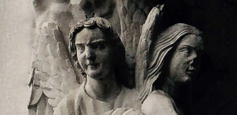 Statue d'anges de la cathédrale de Chartres