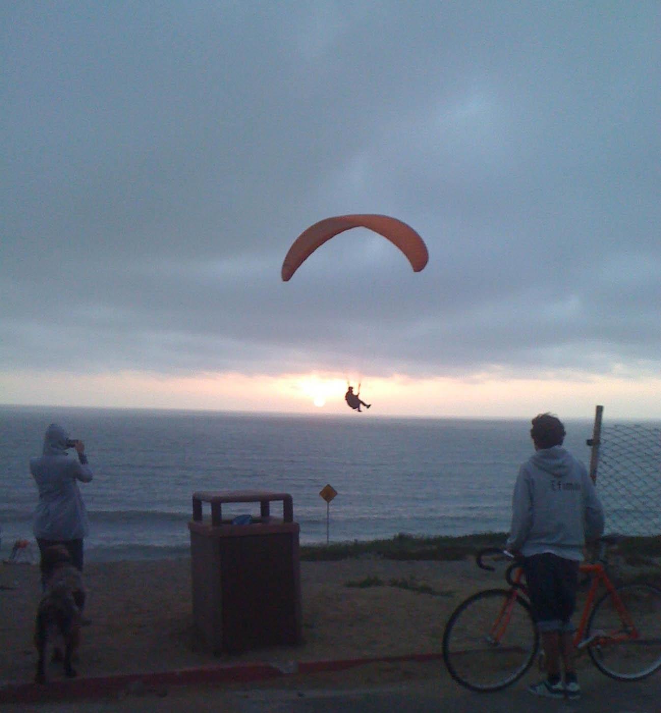 Pacifica kite sail_web.jpg