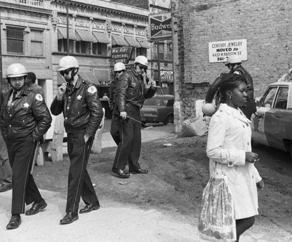 John-Simmons-Cops-and-girl-_Chicago-IL-1968.jpg