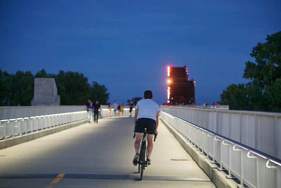 Road Nats Bridge 2.jpg