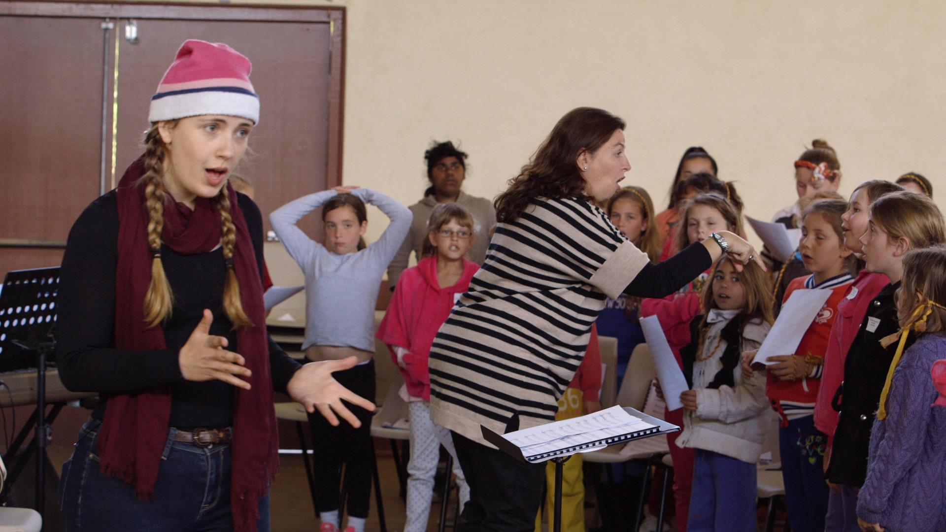 Alice & the girl's choir