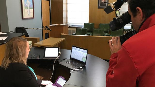 court reporter_1513110522503_10225743_ver1.0_640_360.jpg