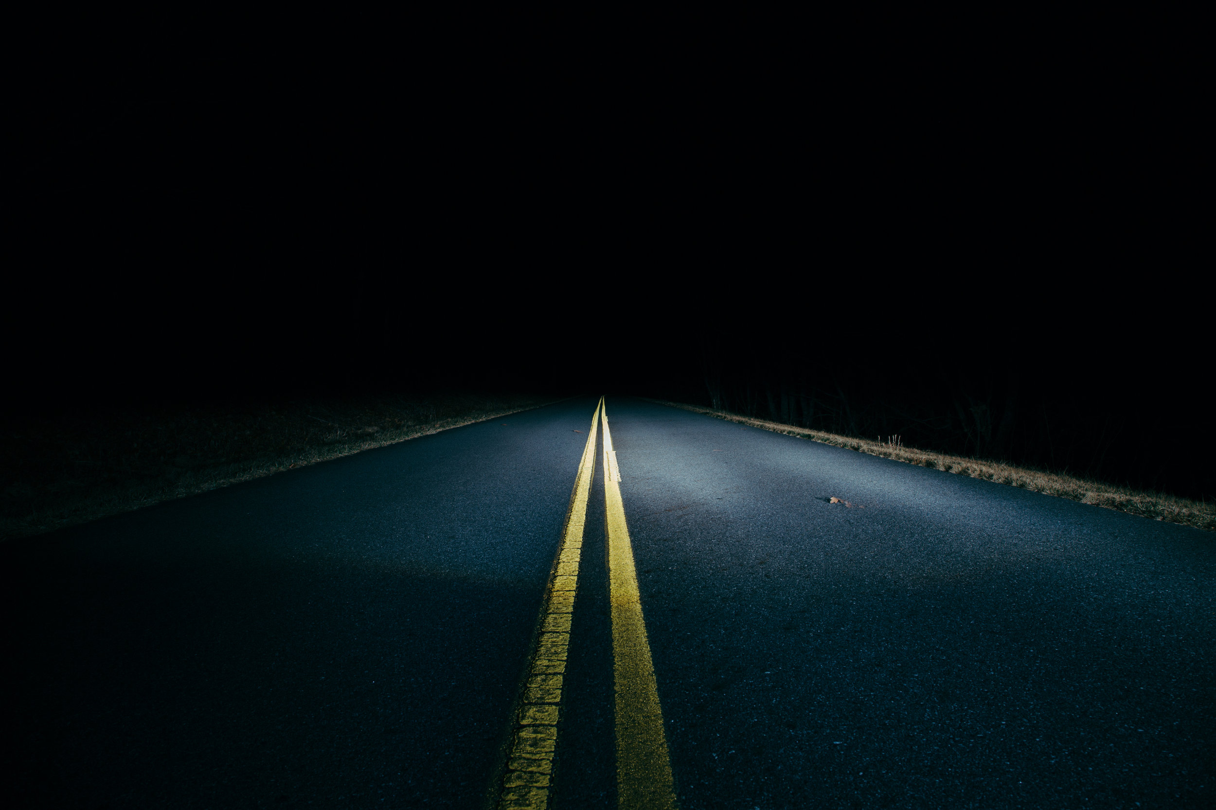 dark-road-long-expsure