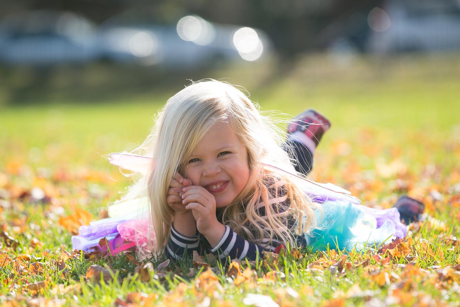 little-girl-in-a-chicago-park-portrait.jpg