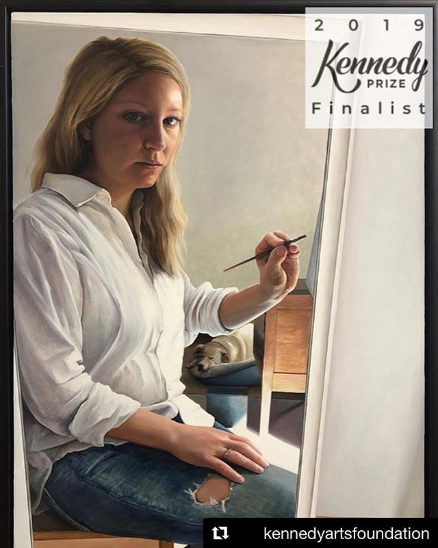 "Repost @kennedyartsfoundation ・・・ Congratulations to Lucy Bonnin on becoming a 2019 Kennedy Prize Finalist with the artwork ""Company the Artist Keeps""  Exhibition Sat Aug 31 to Sunday 15 Sep  RSASA Level One  Cnr of Kintore Ave & North Tce in the State Library Building, Adelaide  #australianartist #australianpainter #radelaide #adelaideartist #adelaideartists #southaustralianartist #themeofbeauty #2019kennedyprize #kennedyartprize #kennedyartprizefinalist #australianoilpainting #oilpainting #oldschoolselfie #bluejeans"