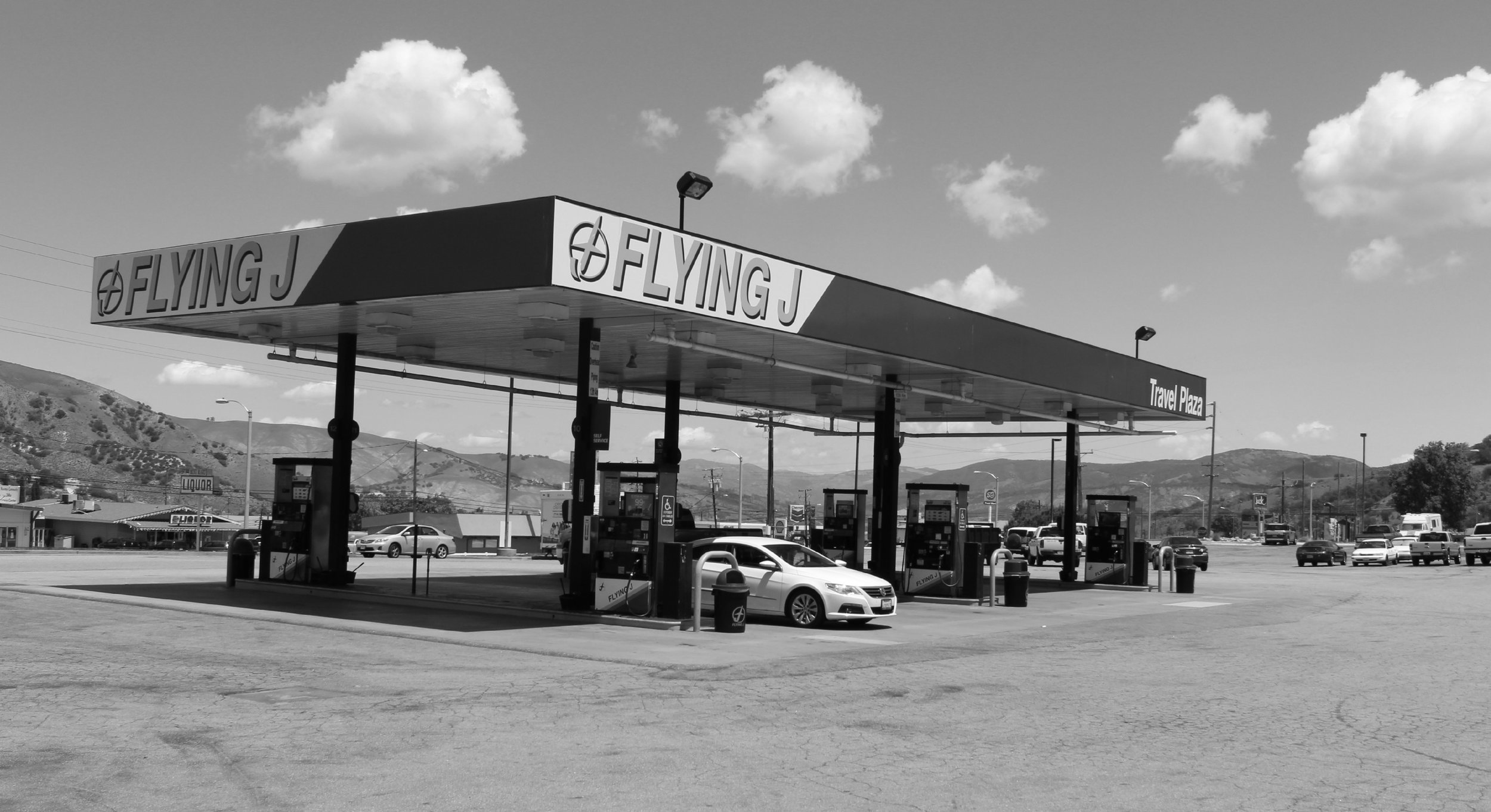 The Flying J Travel Center at the Frazier Park exit from Interstate 5 is a convenient and popular midway point to gas up and get refreshments between Bakersfield and the San Fernando Valley.  ©  Stephen H. Provost, 2014.
