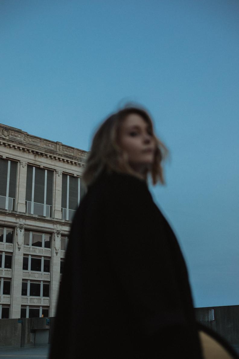 Moody-Blue-Light-Indianapolis-Photographer-6.jpg