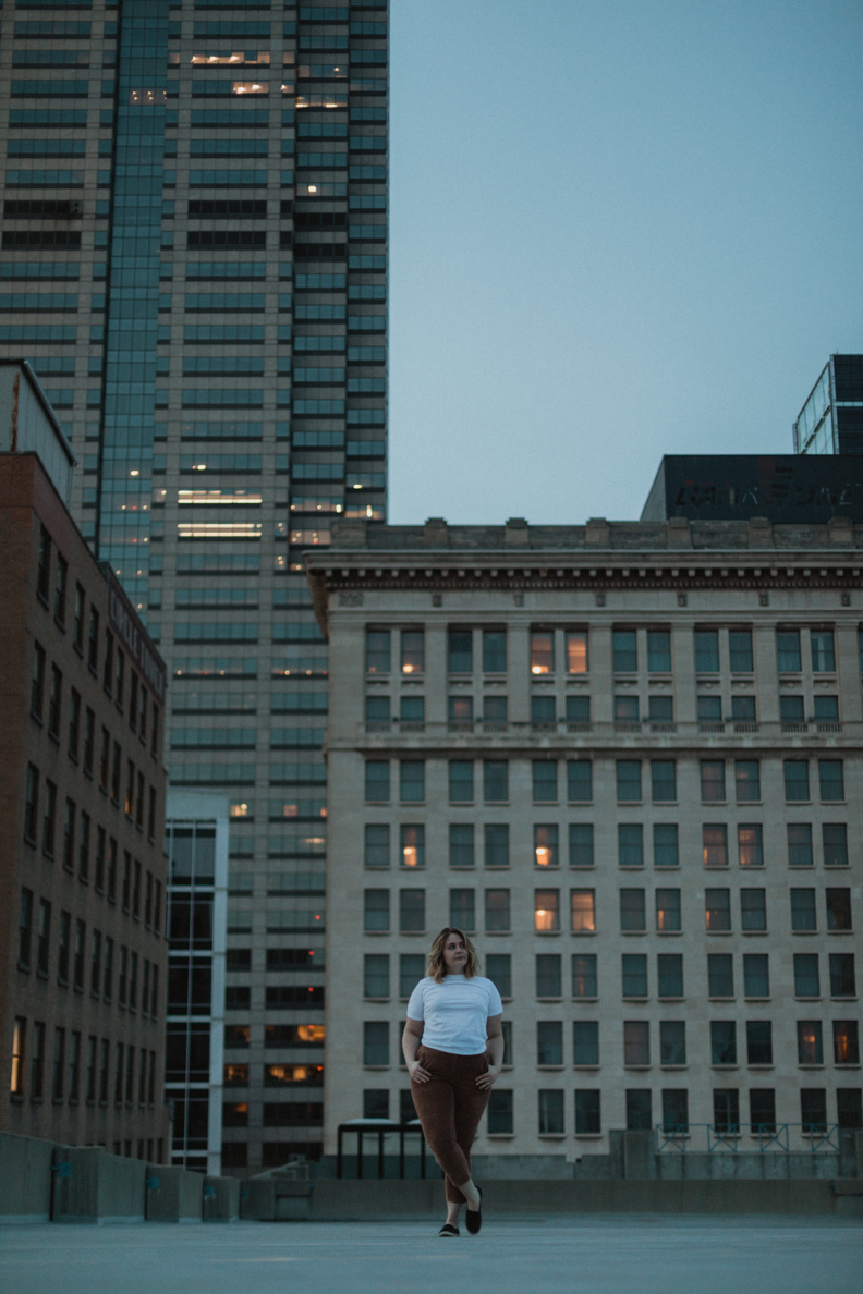 Moody-Blue-Light-Indianapolis-Photographer-5.jpg