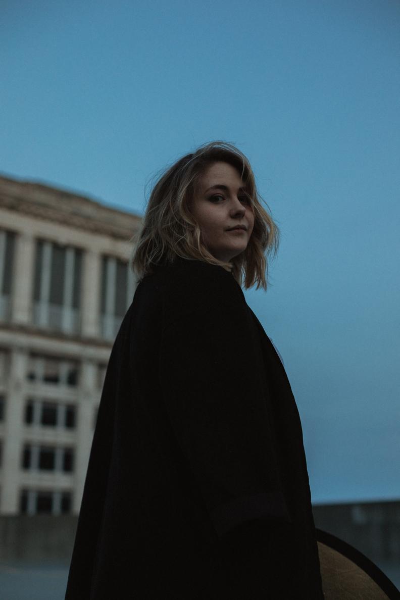 Moody-Blue-Light-Indianapolis-Photographer-8.jpg