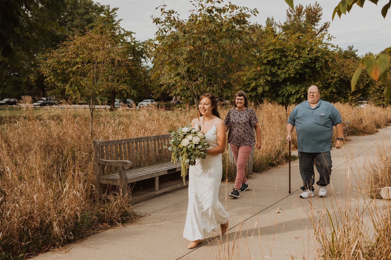 Holliday_Park_Indianapolis_Wedding_Photographer-2.jpg
