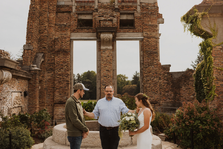 Holliday_Park_Indianapolis_Wedding_Photographer-9.jpg