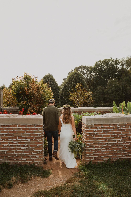 Holliday_Park_Indianapolis_Wedding_Photographer-29.jpg