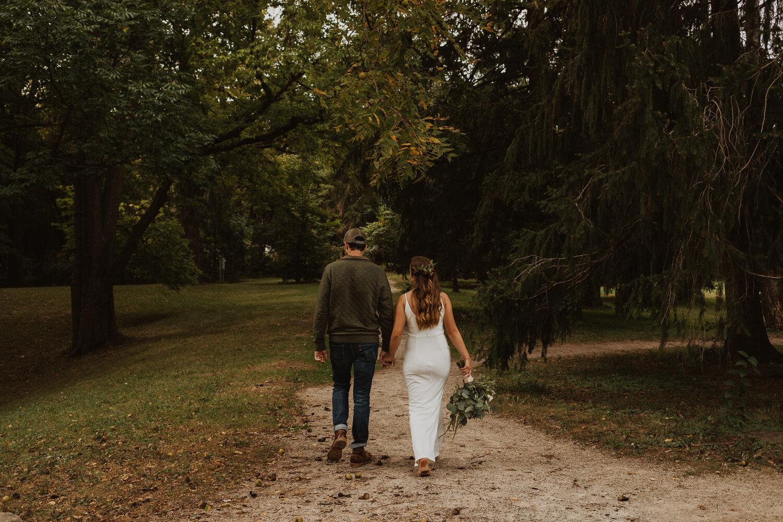 Holliday_Park_Indianapolis_Wedding_Photographer-44.jpg