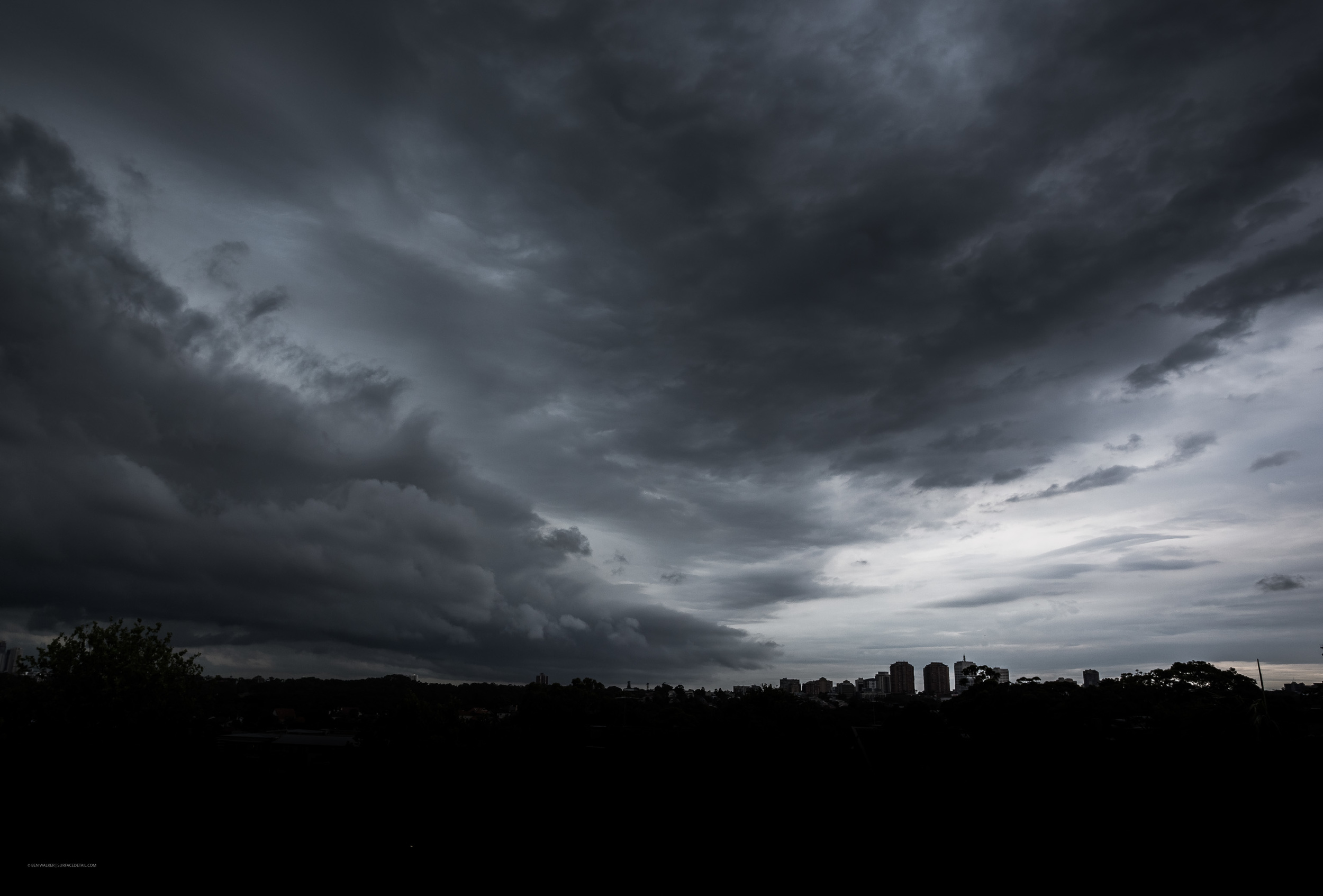 Approaching Storm - 22mm f6.7 1/125