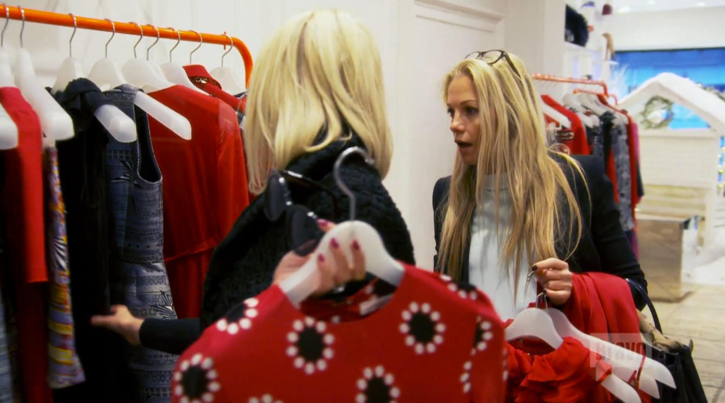 ladies-of-london-carolines-shopping