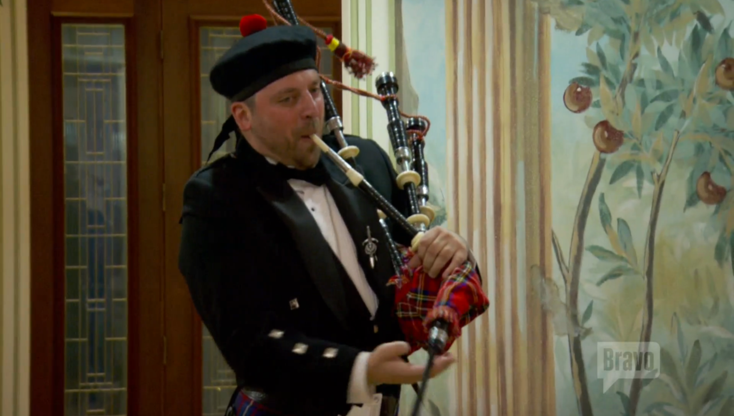 manzod-christopher-bagpipes