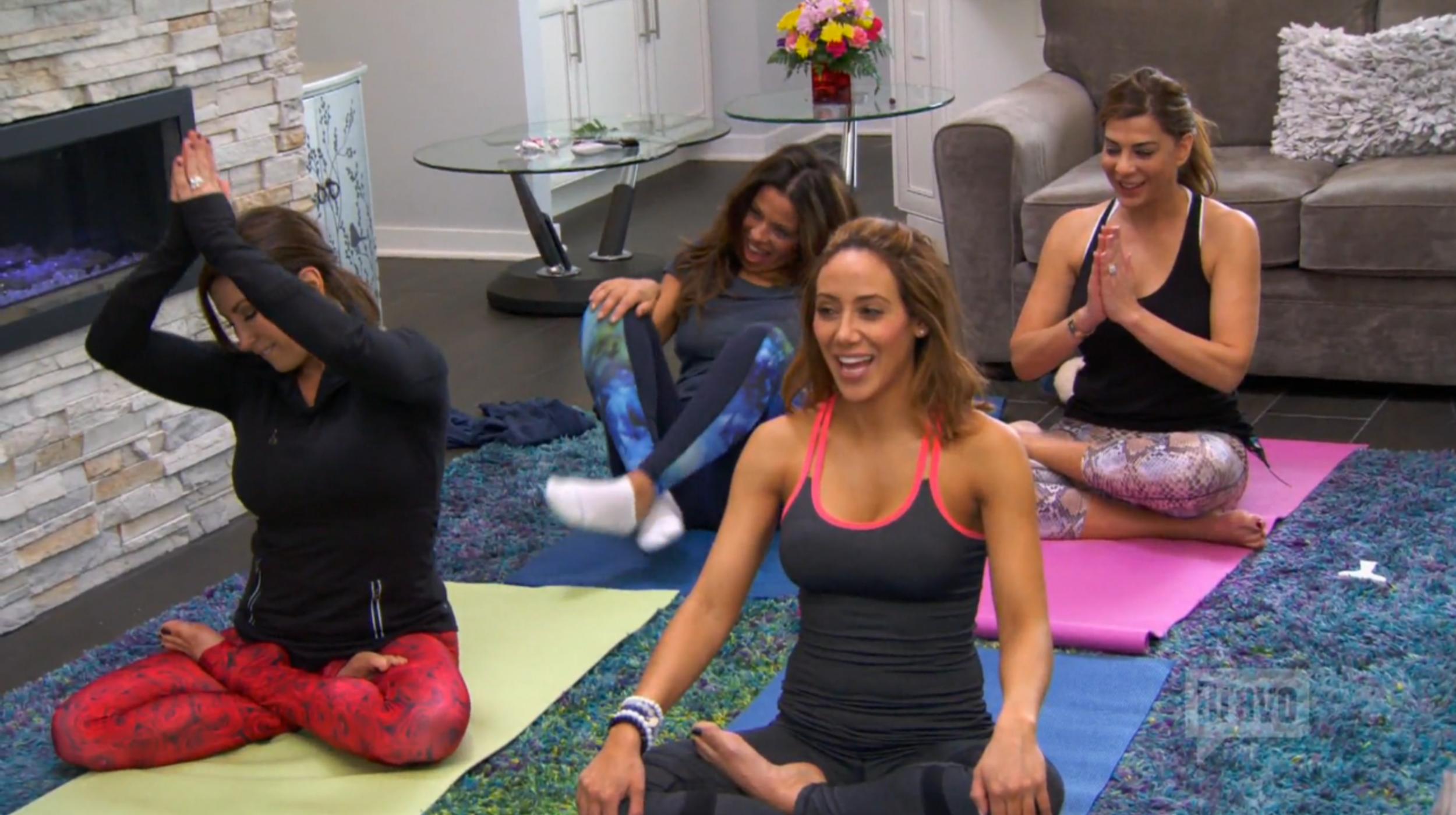 teresa-giudice-yoga