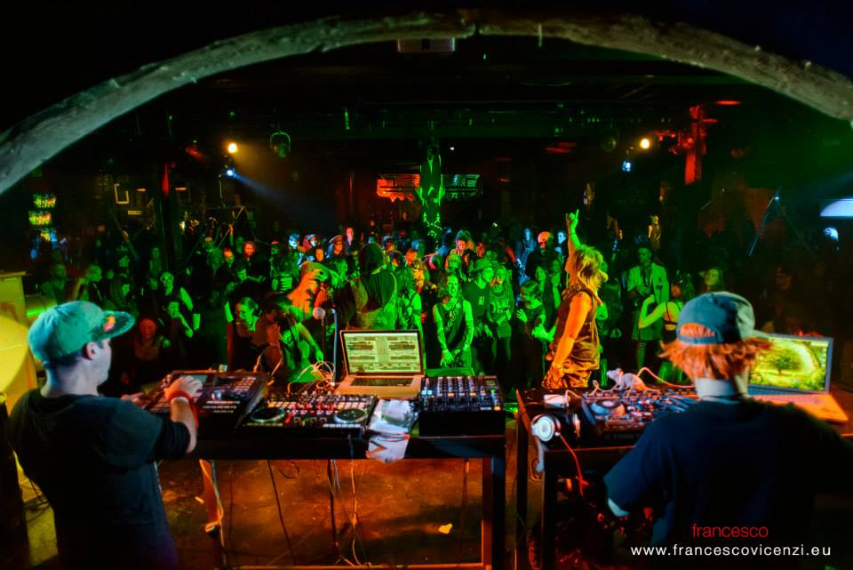 Monkey Marc with Dub FX (right), live at The World Beyond, Revolt Artspace,Melbourne. Photo:  Francesco Vicenzi .