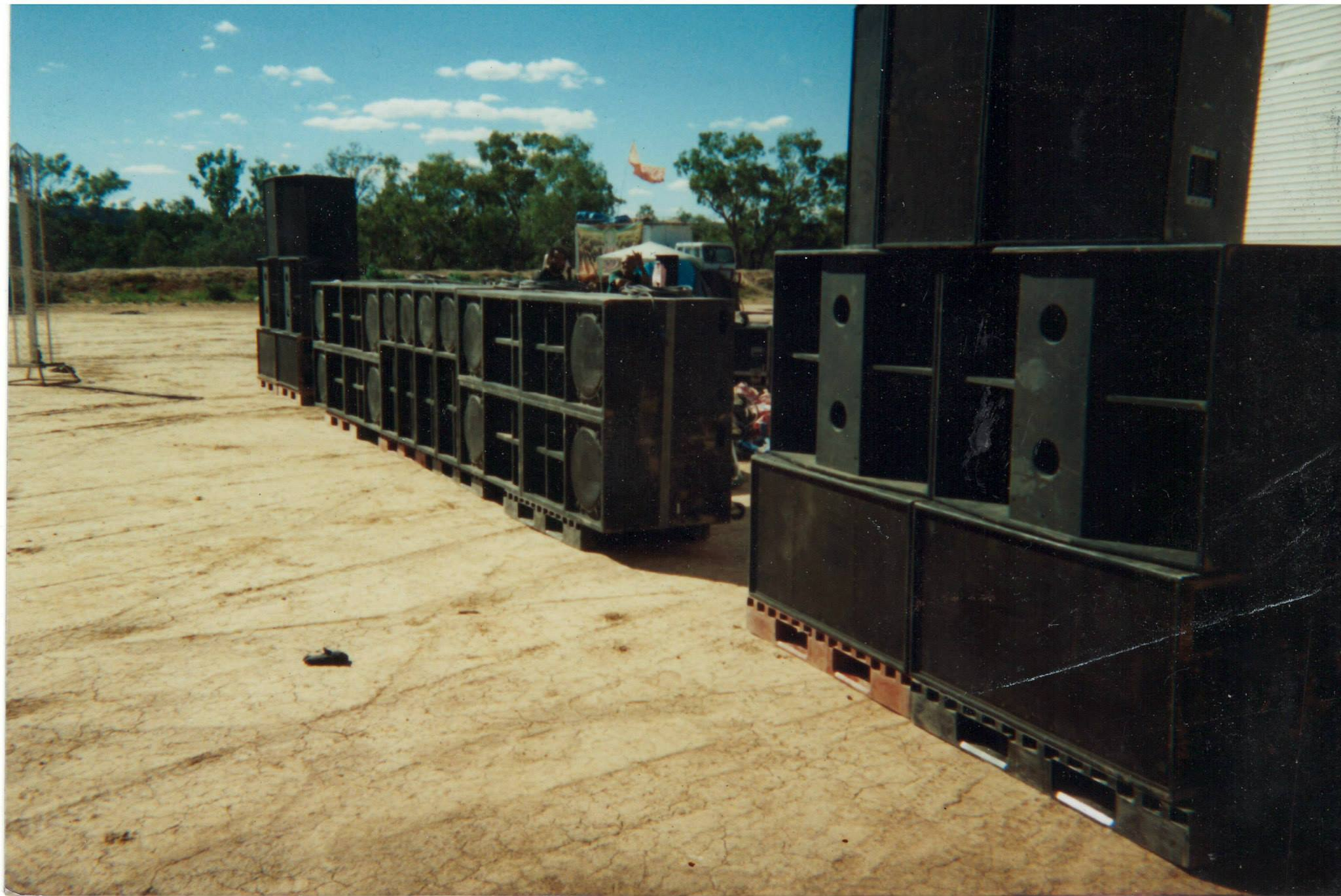 Bedlam & Negusa Negast Sound System 2000 @ Clay Pans, Alice Springs, NT.