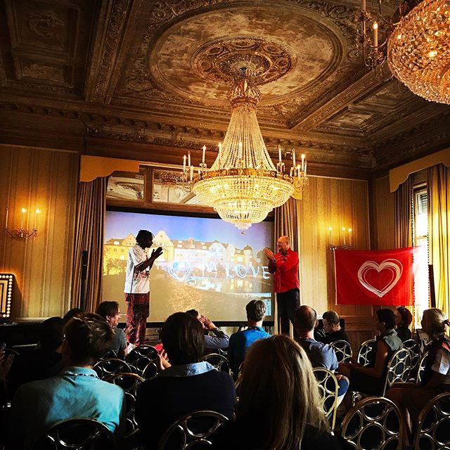 "So much love at #mlovex! For once we enjoyed the privilege of being guests sharing the dazzling halls and towers of #schlossbeesenstedt with beautiful souls from many corners pf the world. Our fav discovery is @zex_bilangilangi_official - an impressive young artist from Uganda empowering refugees to take their fortune into their own hands. I am wondering whether we will see him in #vogue or on a major festival stage first. He brought a few t-shirts but ended up painting shoes, dresses and bags on location due to high demand.  Also much touched by the screening of ""the twelve"", a documentary about 12 wise elders from indigineous peoples gathering to join their energy in order to start healing mother earth. . . . #mlove #mlovex #whathappensinthecastlestaysinthecastle #workwhereyourhearttakesyou #gathering #humanfirst #thetwelvemovie"