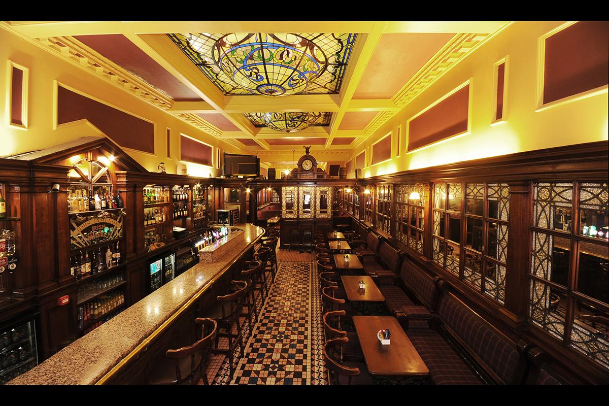 4 Madigans North Earl Street (Upstairs Interior Bar & Back Lounge) ©2015 Mick Langan 004.jpg