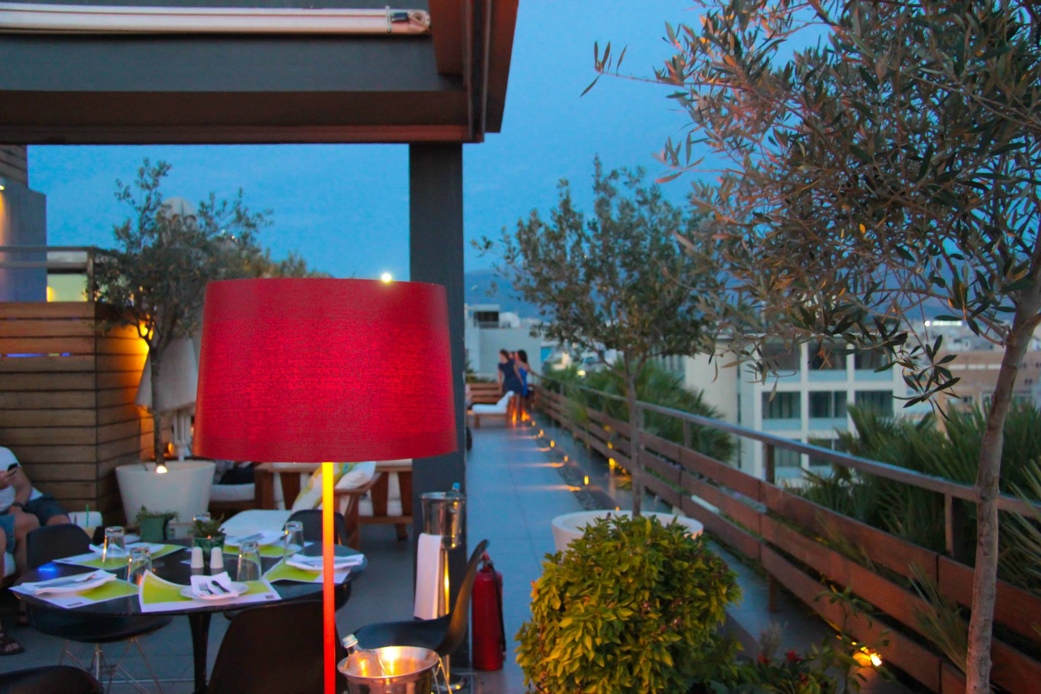 Air Lounge rooftop bar on the 9th floor of Fresh Hotel in central Athens [pic by Fresh Hotel]