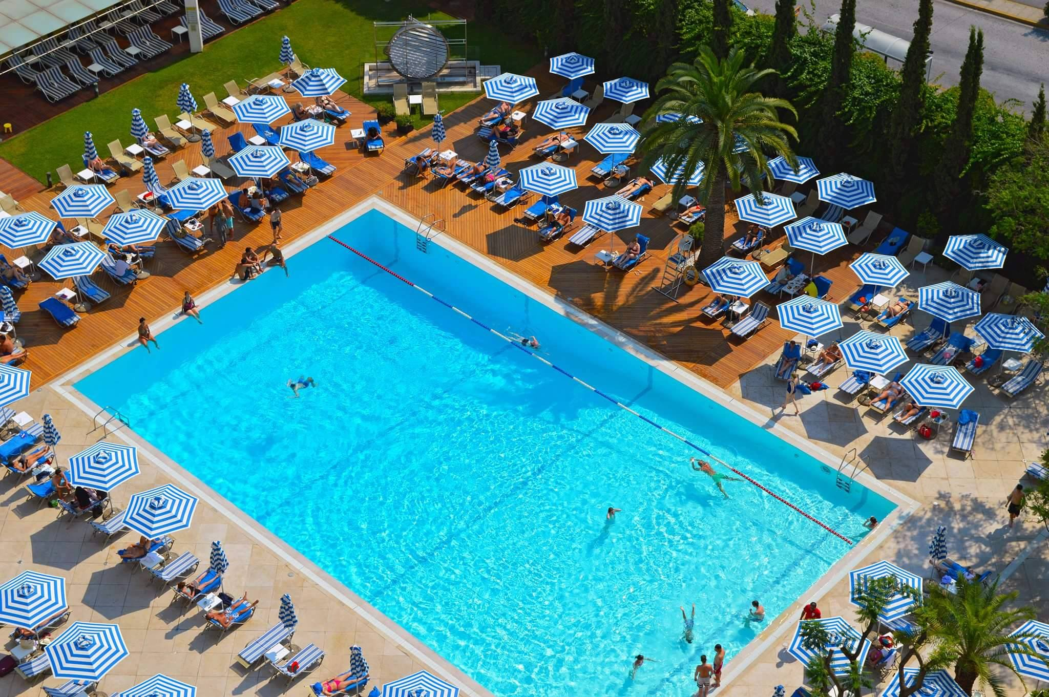 Hilton Athens hotel's outdoor swimming pool in the heart of Athens (Picture via  Facebook )