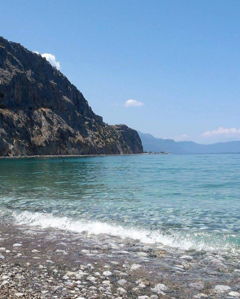 Psatha beach in Alepochori area (Picture by stellahrysohou/Instagram)