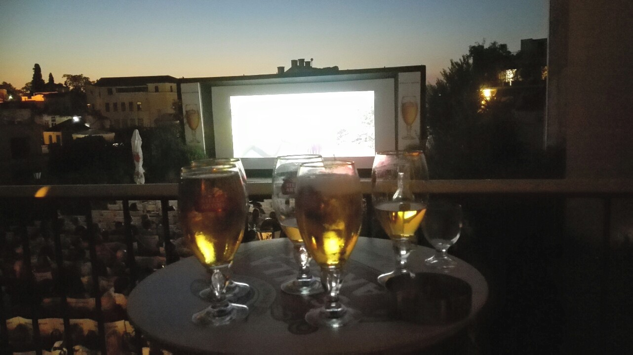 Drinks and movies from the balcony of Cine Paris (Picture by Renate Toxopeus)