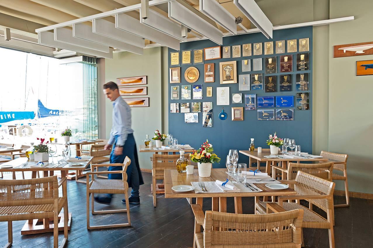 Multi-awarded Varoulko Seaside restaurant in Piraeus, Athens (Picture @varoulkorestaurant / Facebook)