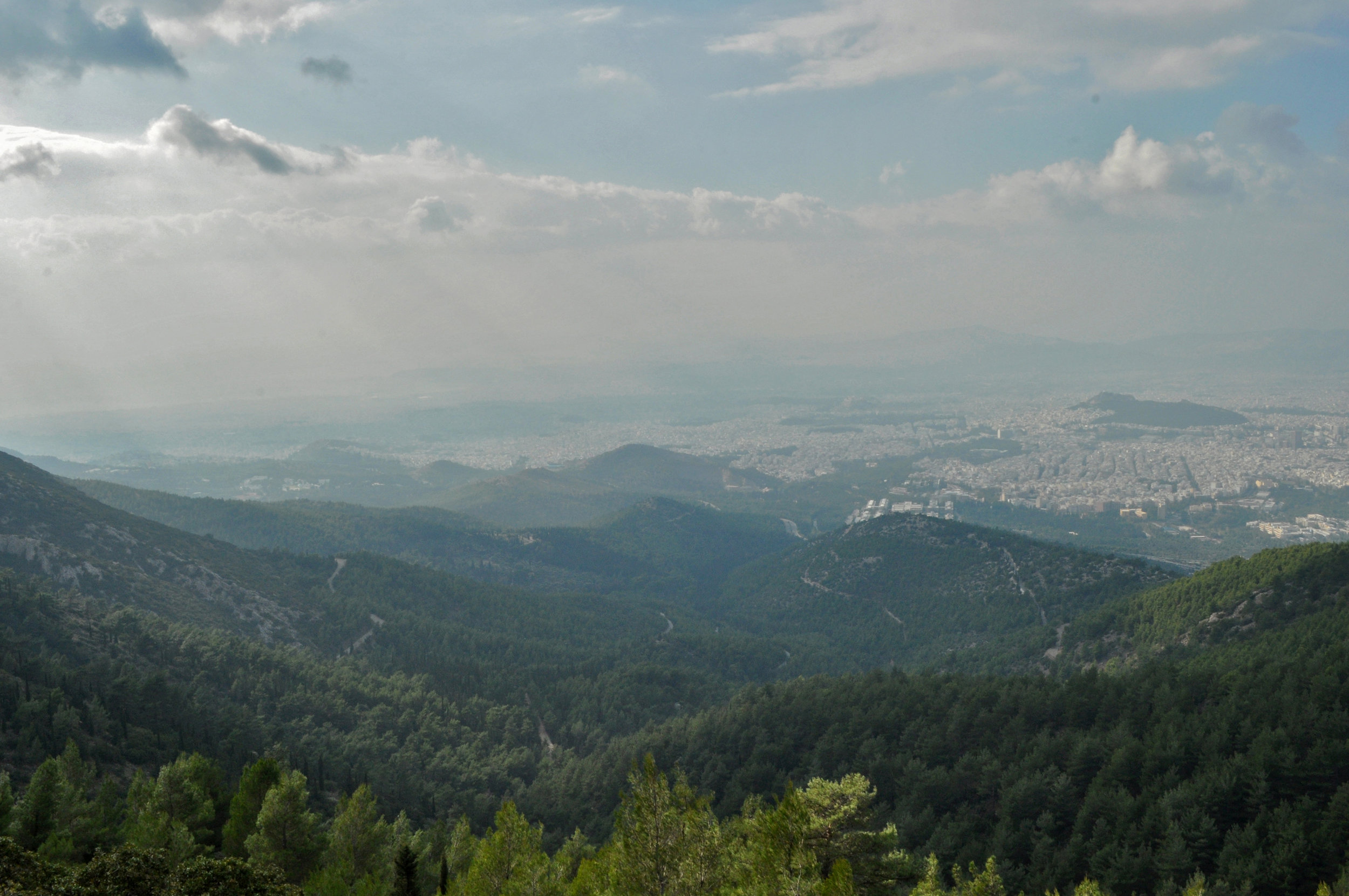 The stunning vista view from Mount Hymettos (Picture  gio.pan / Flickr)