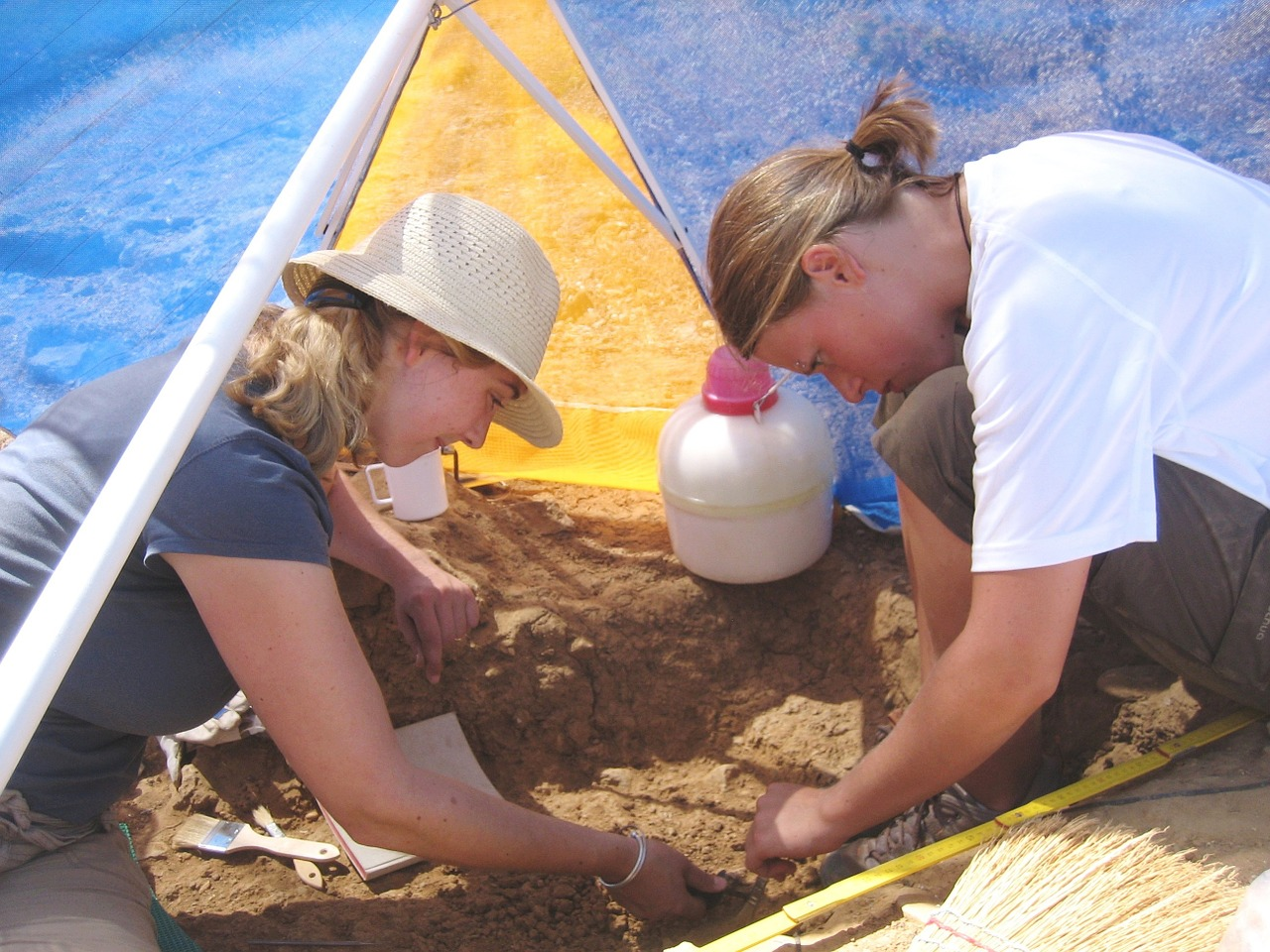Don't miss the opportunity to join an excavation tour on your visit to Greece, a once-in-a-lifetime unique experience!