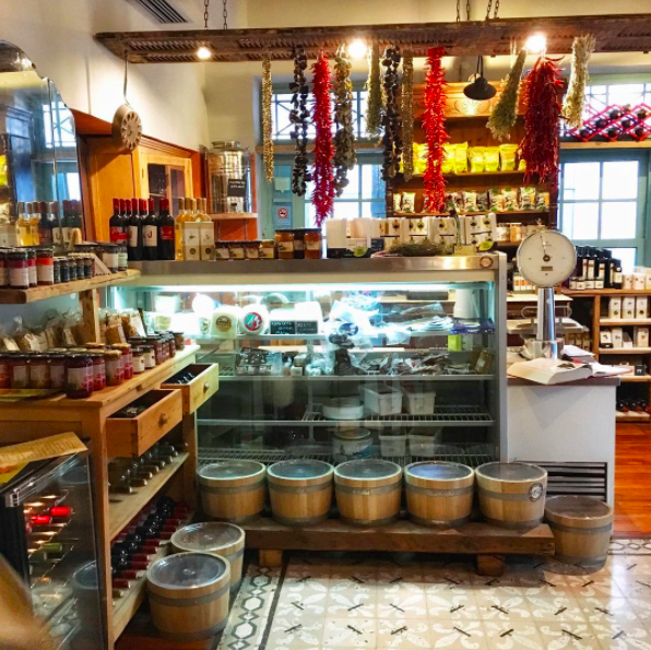 Mystic Pizza also has a deli section where you can stock up on some edible goodies (Photo by kokolomanolis/Instagram)