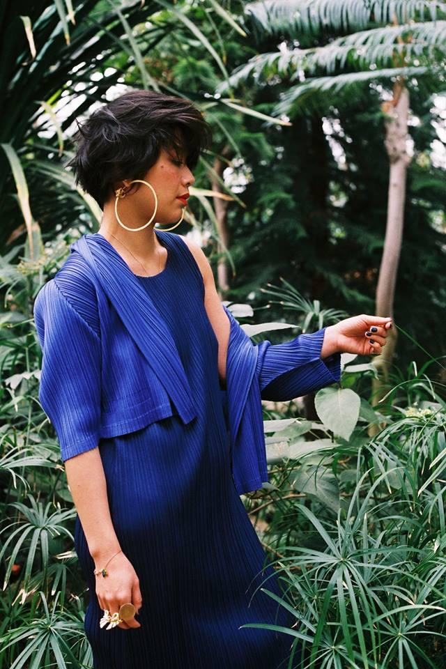 Mai Hua porte les boucles d'oreille et la bague 'Hycliad', Paris (2016)