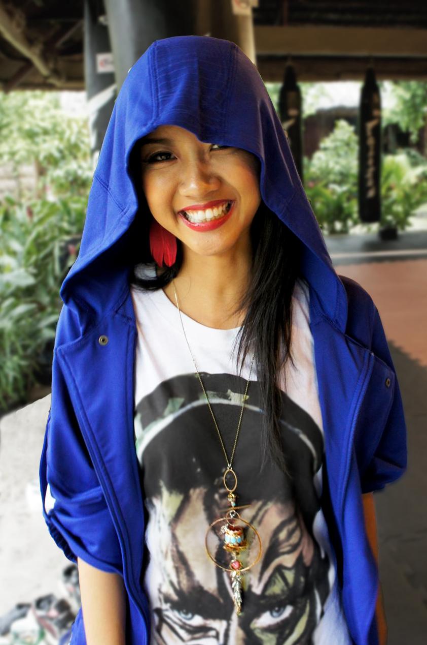 """SuBoi , Première femme rappeuse reconnue au Viêt-Nam et surnommée """"La Reine du Hip Hop Vietnamienne"""".Suboi porte une pièce unique de La Fiancée du Facteur, un collier fait sur mesure pour le tournage de son video clip """"run"""" (2014).  Extrait d'une interview de 2016 : """"Au Viêt-Nam, chaque fois que je veux sortir un titre, je dois soumettre les paroles de mes chansons au comité de censure et dois recevoir l'approbation du Ministère de la culture. Ici, la créativité est limitée (...) et on m'a avertie sur les sujets """"inappropriés"""" à éviter lorsque j'ai commencé ce métier."""" Suboi  Retrouvez-la sur sa page Facebook  @Suboi"""