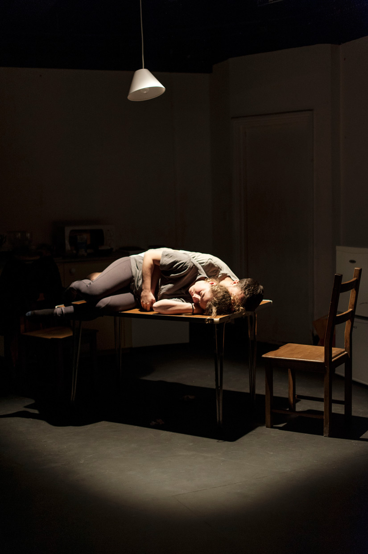 hjorthmedh-lean-rose-reade-gabriel-cagan-sleeping.jpg