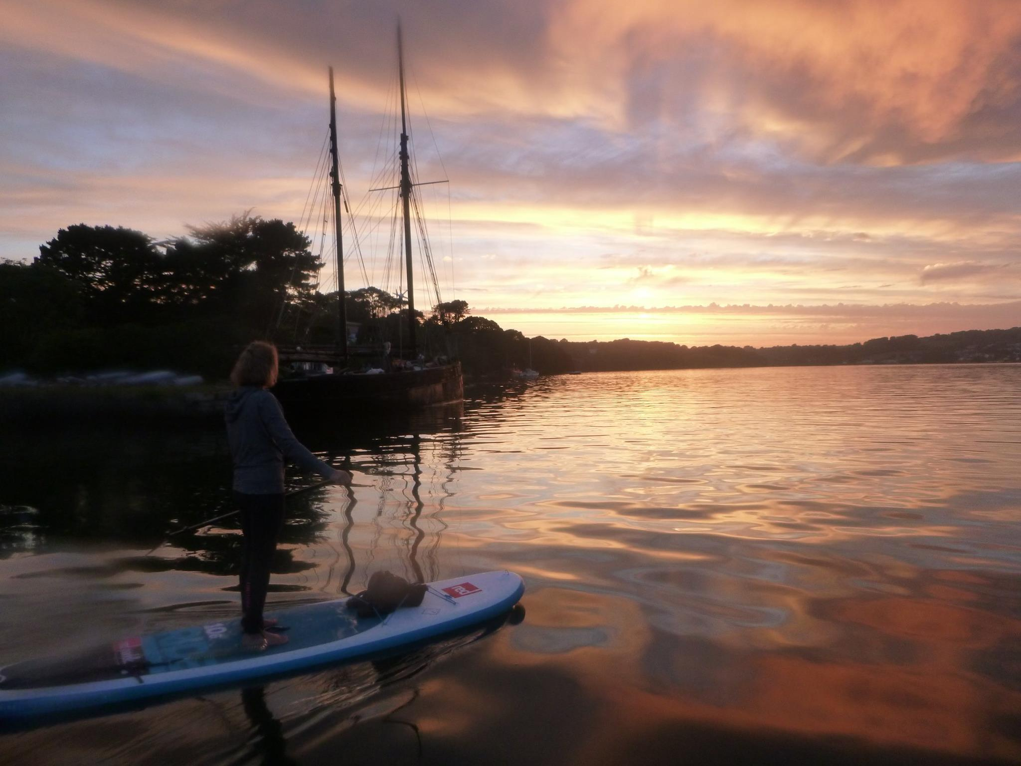 loe-beach-carrick-roads-falmouth-paddle-boarding