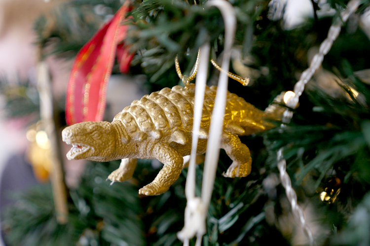 dinosaur christmas tree decoration DIY
