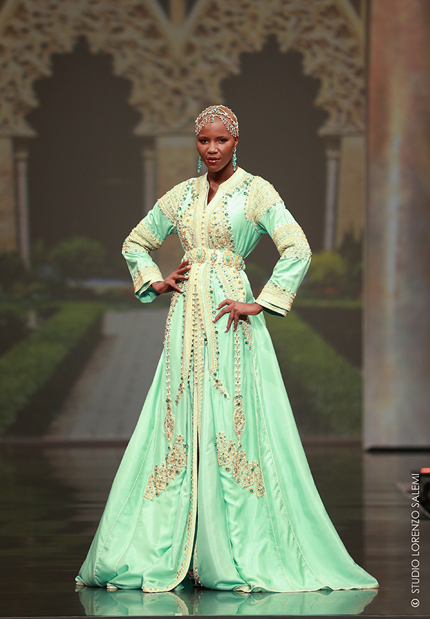 Caftan Haute Couture Fouzia Naciri - Inspiration Vert Dorée Face