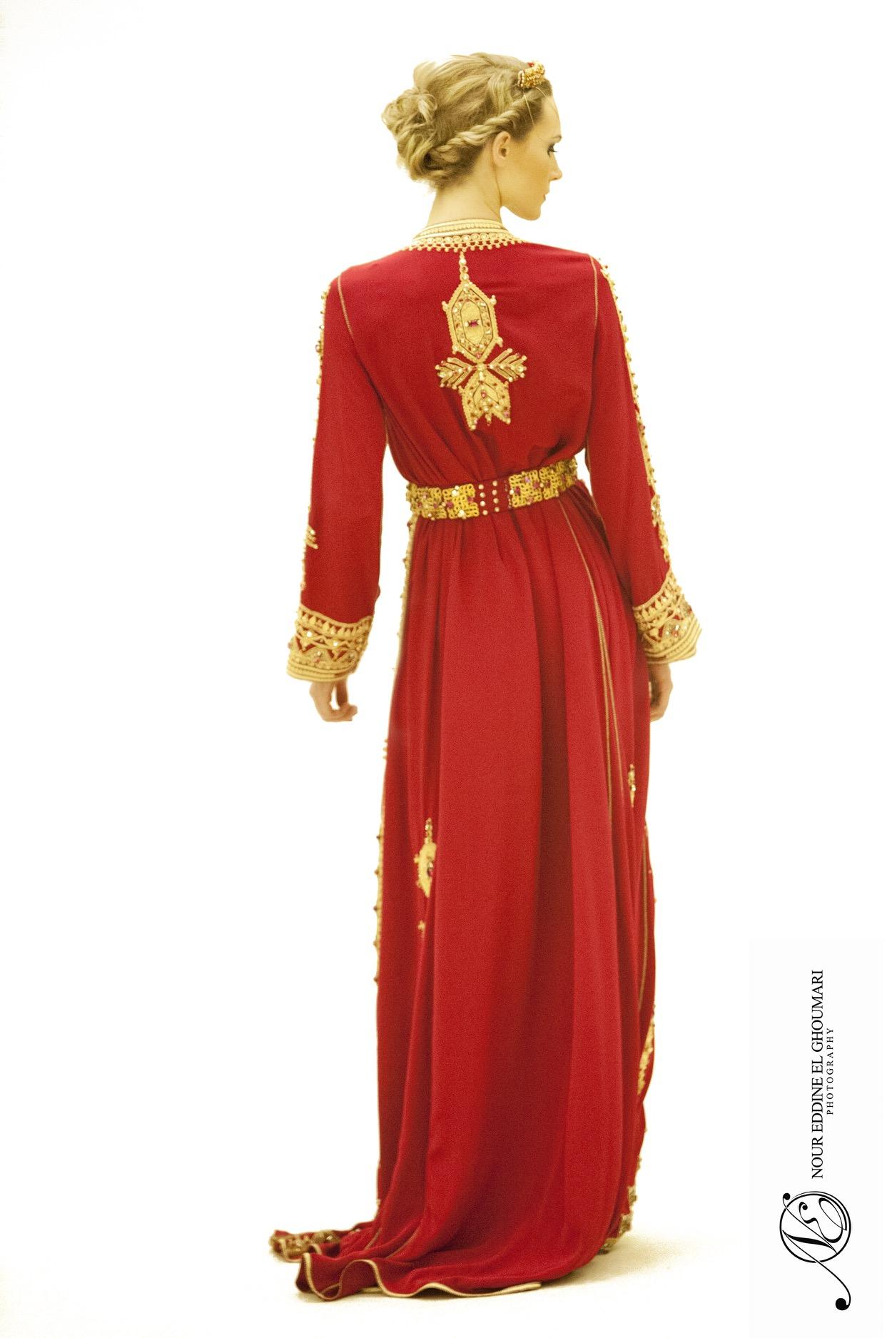 Caftan Haute Couture Fouzia Naciri - Création Broderie Rouge Dos