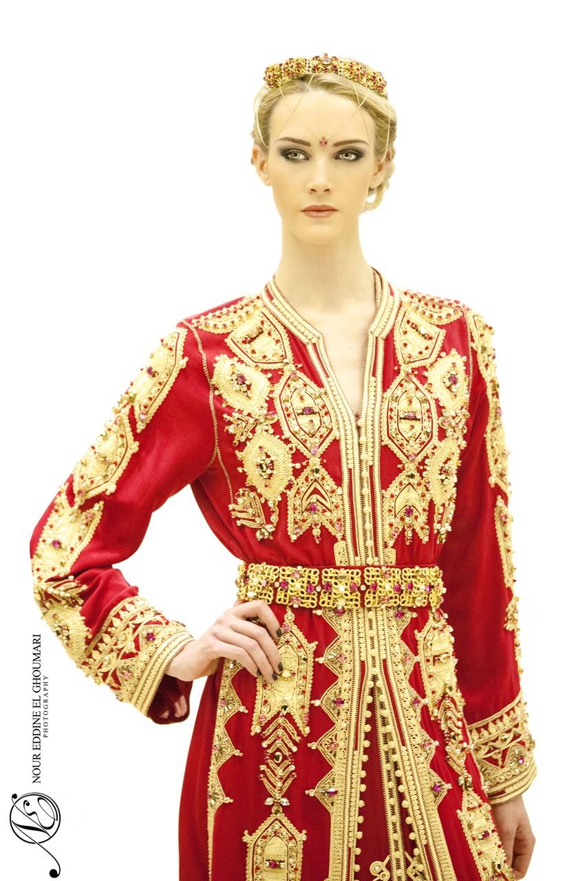 Caftan Haute Couture Fouzia Naciri - Création Broderie Rouge Face