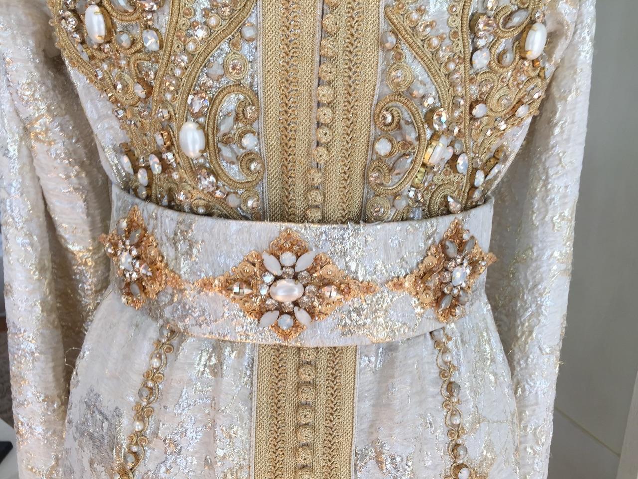 Caftan Haute Couture Fouzia Naciri - Savoir Faire Taditionnel Modernité Fait Main Détails